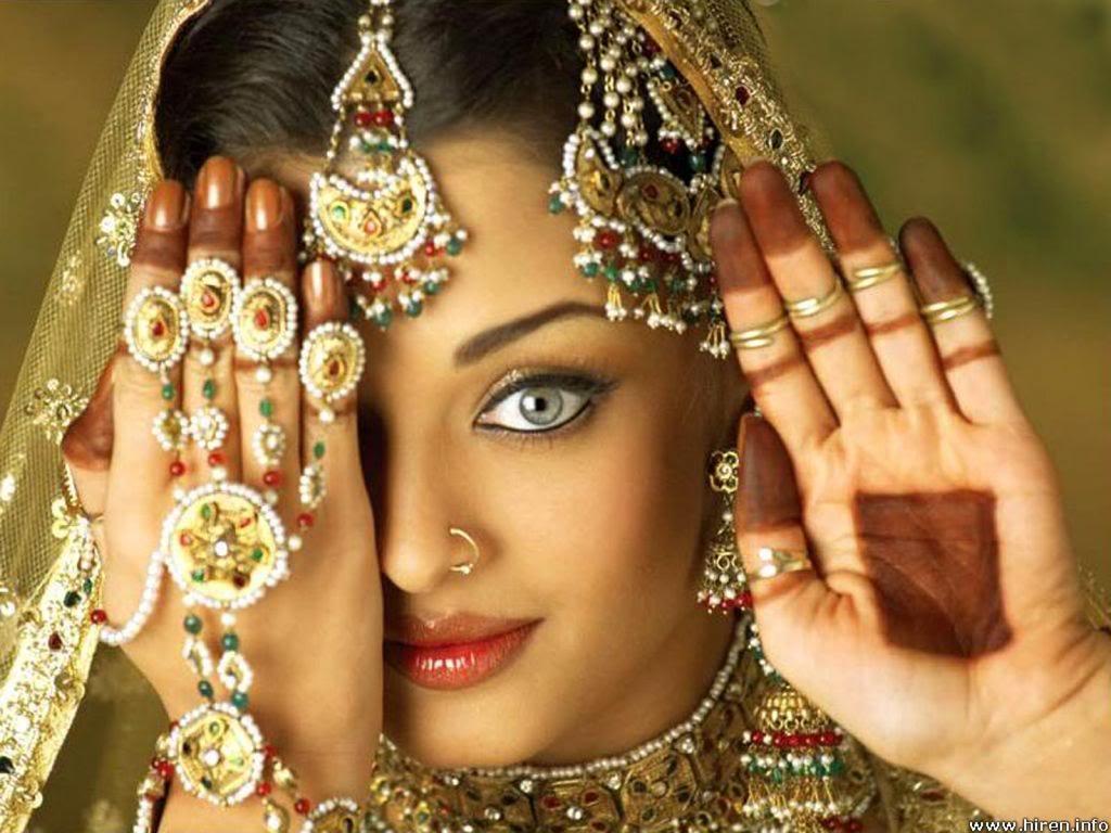 aishwarya-rai-bollywood-2.jpg